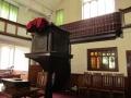 Gadsby_Manchester_Chapel_18_interieur_preekstoel+galerijhek_origineel