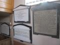 Warburton_jr_Southill_kapel_16_interieur_tablet